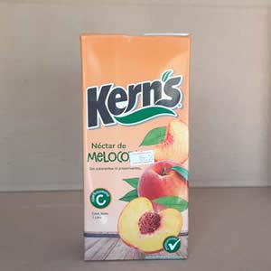 Jugo Nectar de Melocoton Kerns Tetra Pack 1 litro