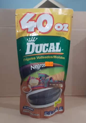 Frijoles Volteados Negros Ducal Bolsa 400grs (14.1oz)