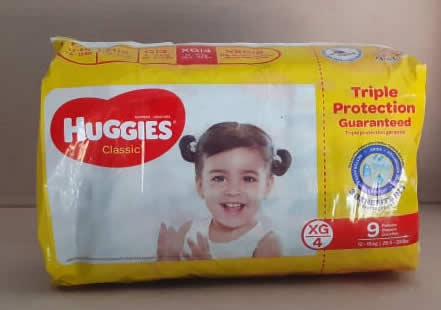 Pañales Huggies Classic XG/4 26.5-33 libras 9 unidades