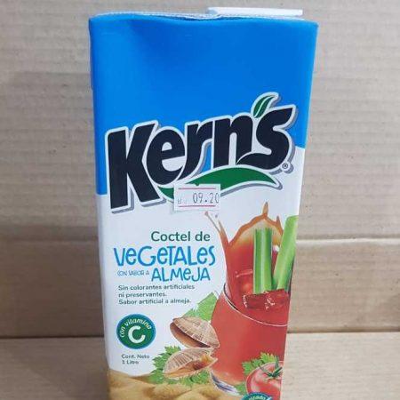 Coctel de Vegetales con sabor a Almeja caja de 1 litro